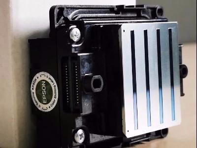 关于写真机|近期喷头价格贵如金,合理保养维护才是真